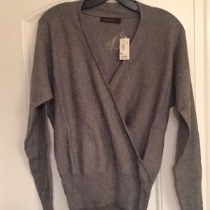 The Limited Cashmere gray sweater. Size S. NWT
